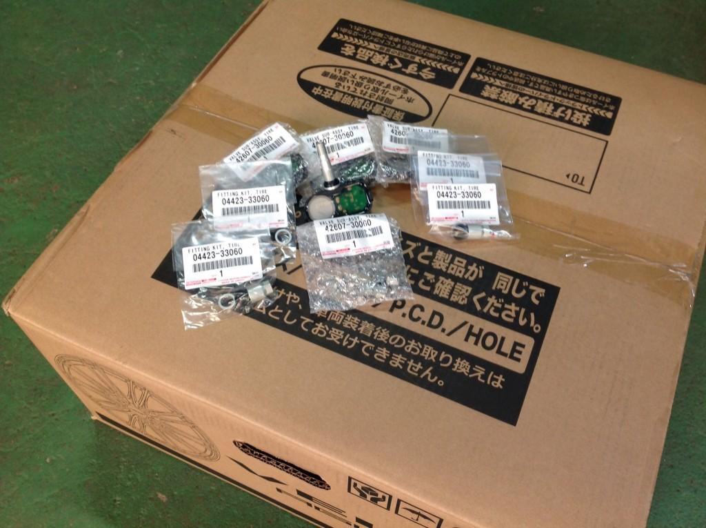 レクサスの空気圧センサーです