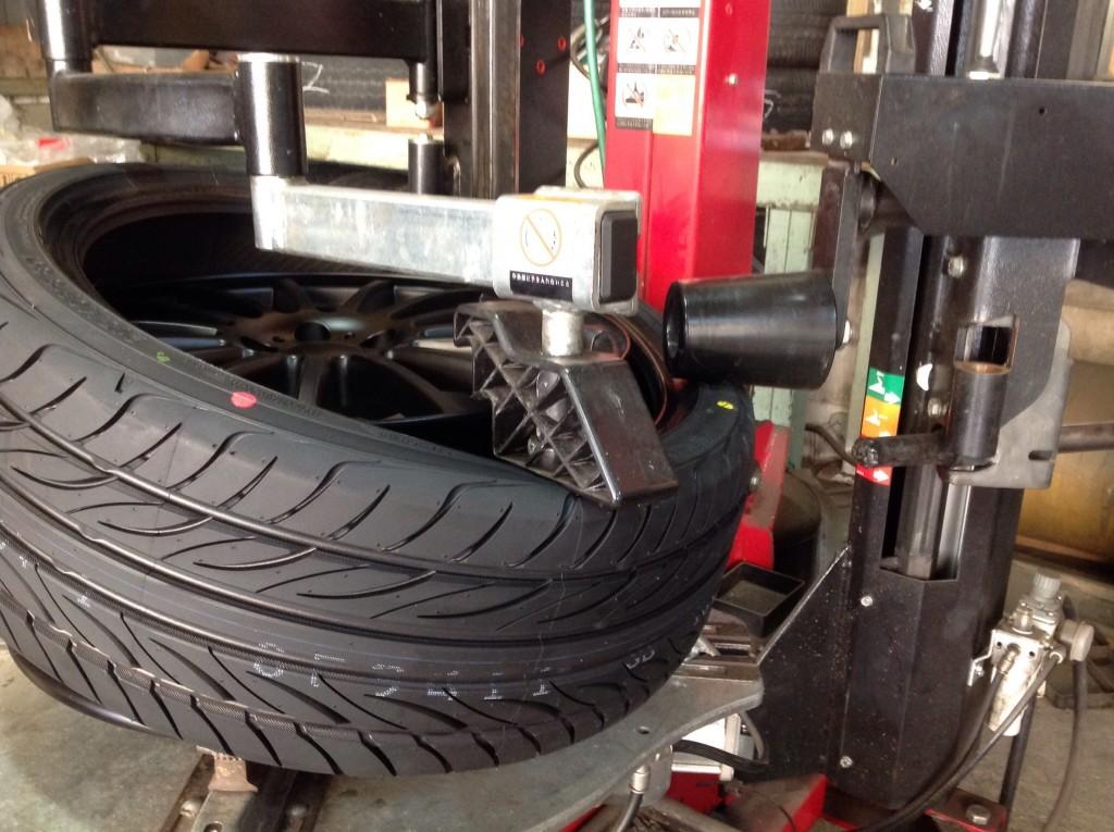 タイヤチェンジャーの機能をフルに活用です